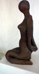 kleine Sitzende, 14cm, Terrakotta
